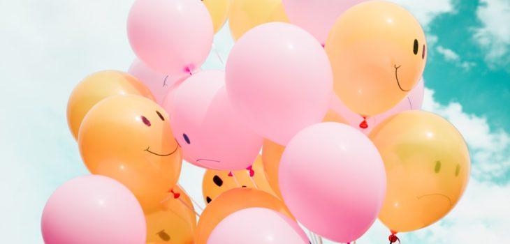 Balon z uśmiechniętymi buźkami
